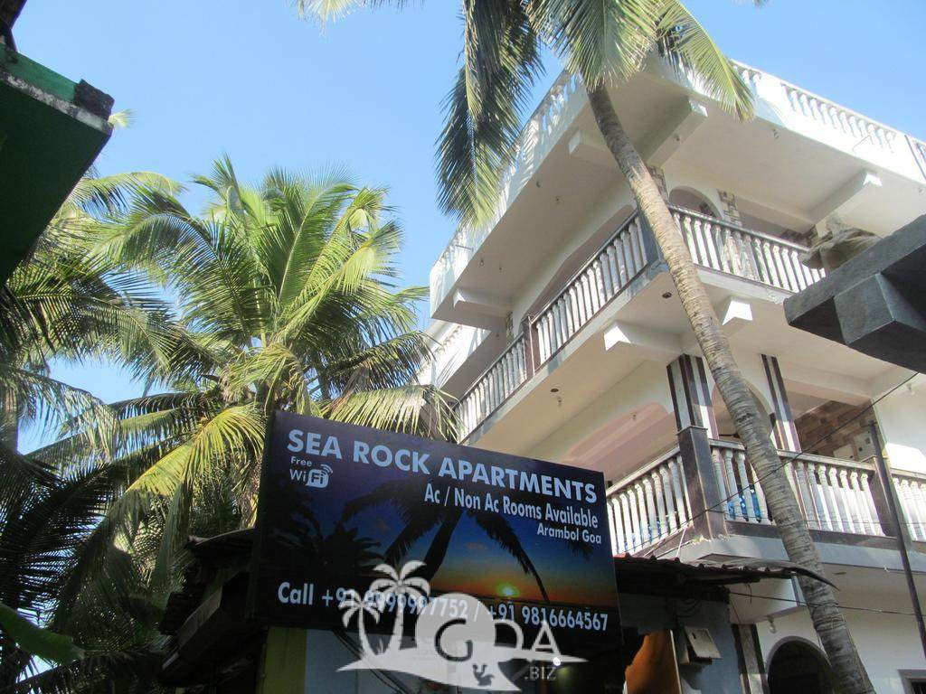 Sea Rock Apartments