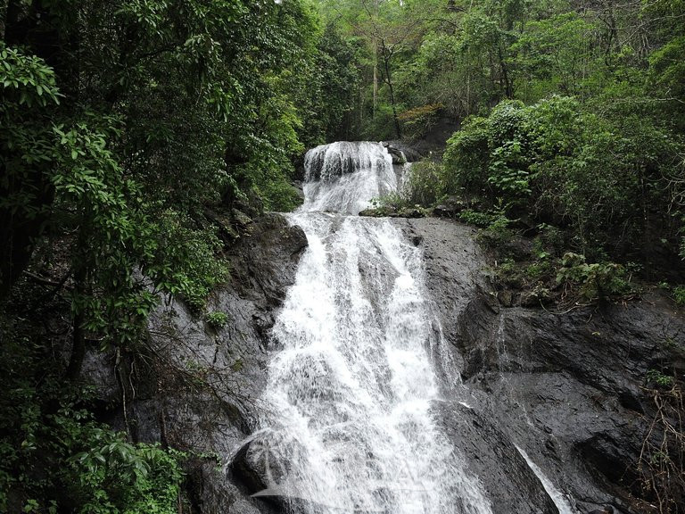 6. Bamanbudo Waterfalls